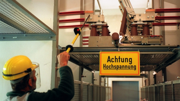 Weniger Handarbeit, mehr künstliche Intelligenz: Testbetrieb im Stromverteilnetz von Riedholz.