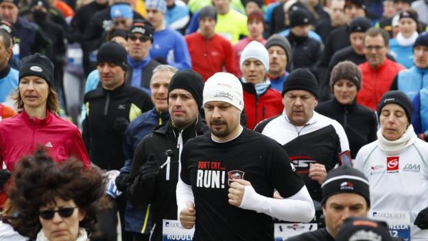 Wiederum tausende Läufer beim Reusslauf