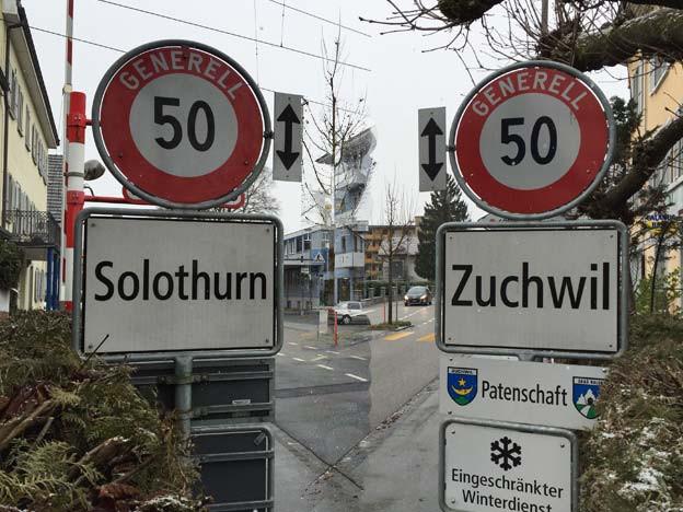 Ortsschilder Solothurn und Zuchwil