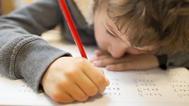 Im Aargau dürfen keine Schulstunden mehr ausfallen wegen Weiterbildung.