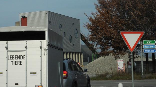 In der Region Aargau Solothurn kommt es offenbar vermehrt zu Sabotage an Tiertransportern.