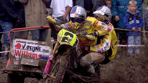 Nasser und schlammige Piste machen die Rennen für die Zuschauer interessanter, so das OK des Motocross Wohlen.