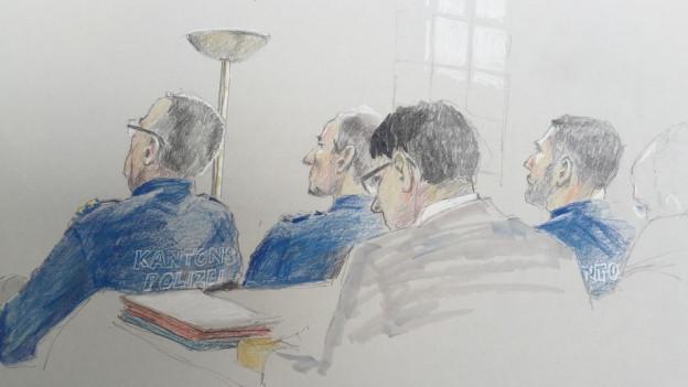 Gerichts-Zeichnung der Angeklagten in Uniform.