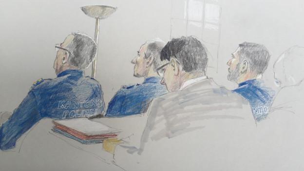 Zeichnung von zwei Polizisten vor einem Richter