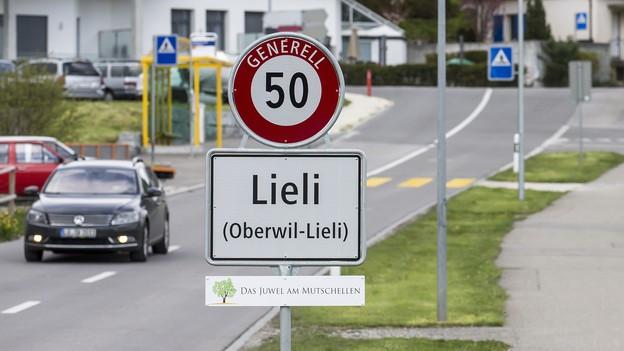 Ortstafel von Oberwil-Lieli