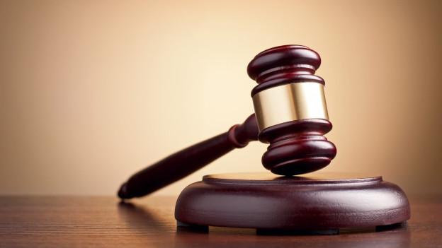 Das Bezirskgericht Baden entscheidt im Fall Fislisbach über die Strafe für einen 37-Jährigen. Er soll seine Ex--Freundin erstochen haben.