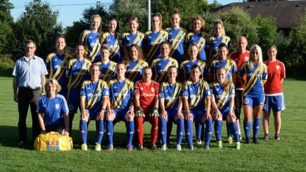 Das Team auf dem Mannschaftsfoto.