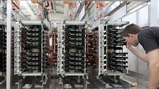 Enics liefert laut Gewerkschaften viele Komponenten an die ABB (im Bild).
