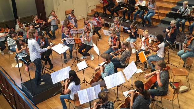 Jugendsinfonieorchester Solothurn bei der Probe.