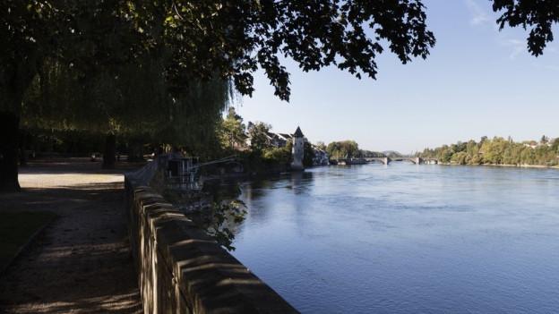 Sechs Kilometer lang ist der Rheinuferrundweg heute. Nun soll er verlängert werden.
