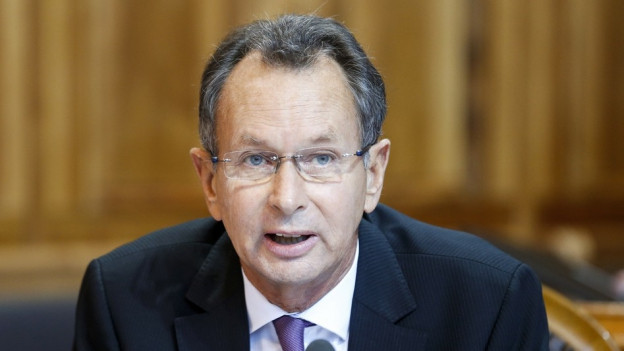 Philipp Müller wird zu einer bedingten Geldstrafe von 150 Tagessätzen und einer Busse von 10'000 Franken verurteilt.