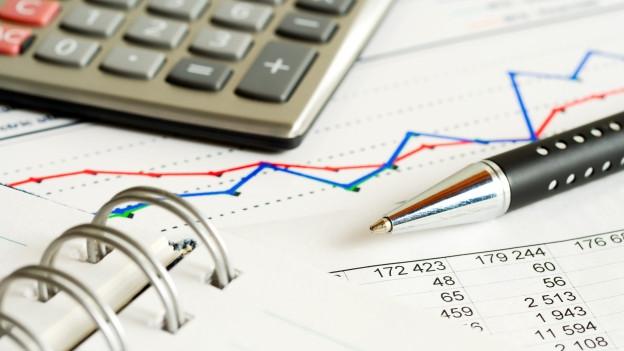 Firmen können ihre Buchhaltung anders gestalten, jedenfalls bei den Steuern muss weniger ausgegeben werden.