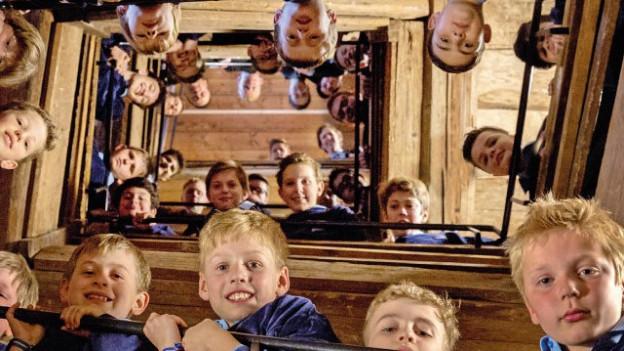 Die Solothurner Singknaben mit dem Bild, das auch ihre neuste CD ziert.