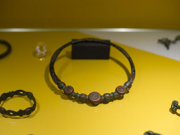 Ausstellungsstücke im Museum.