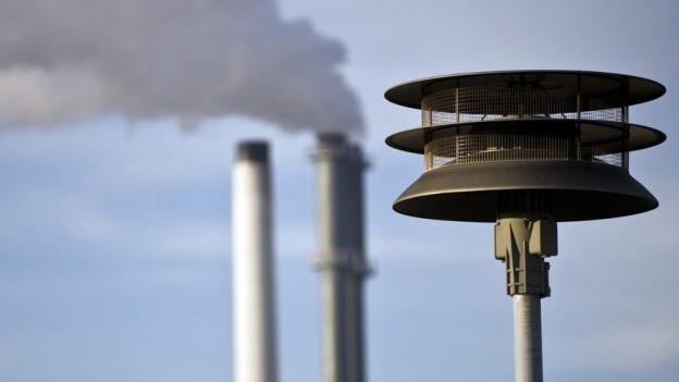 Bei einem Stromausfall heulen zwar die Sirenen, aber viele Radiogeräte dürften nicht funktionieren.