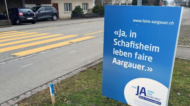 """Abstimmungsplakat mit dem Slogan """"in Schafisheim leben faire Aargauer"""""""