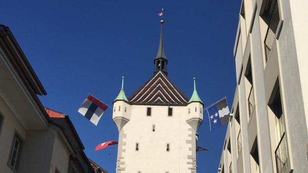 Um die Finanzen der Stadt Baden wird gestritten. Bürgerliche wollen runter mit den Steuern, die Linke will abwarten.
