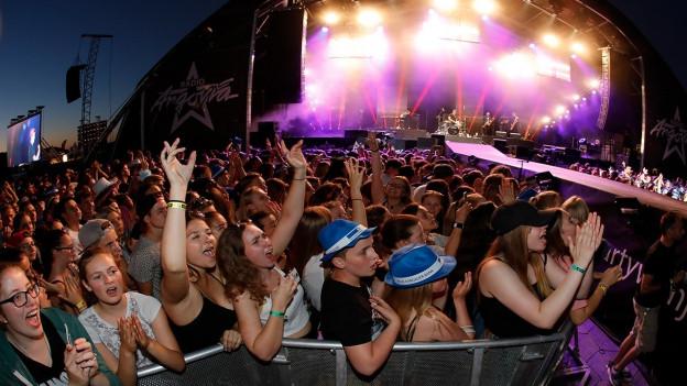 Rund 38'000 Zuschauer waren bei den Konzerten am Argovia Fäscht am Samstagabend dabei.