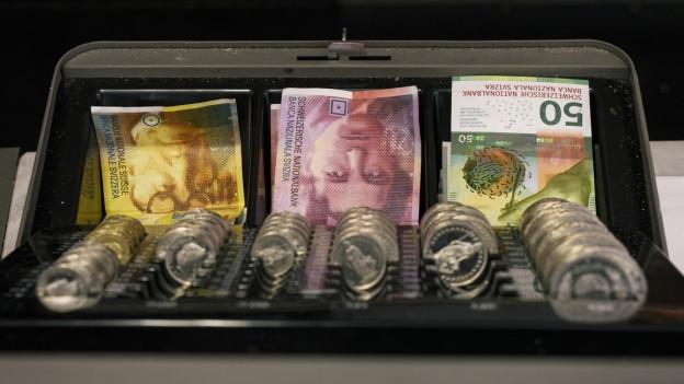 In der Kasse des Kantons Aargau fehlen nächstes Jahr 40 Millionen Franken Steuereinnahmen.