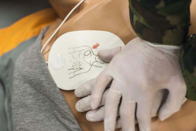 Leben retten, bevor die Sanität eintrifft: «First responder» machen es möglich