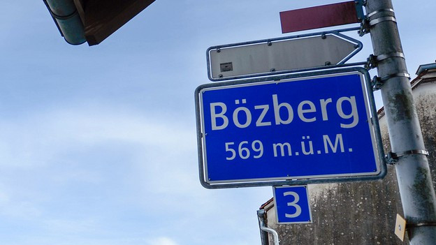 Strassenschild am Bözberg-Pass