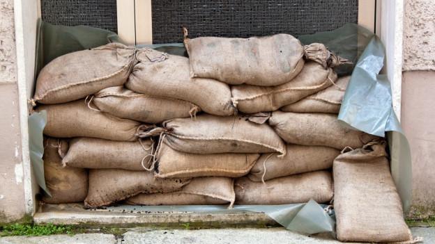 Gemeinde verkauft Sandsäcke – aber nützen diese im Notfall?