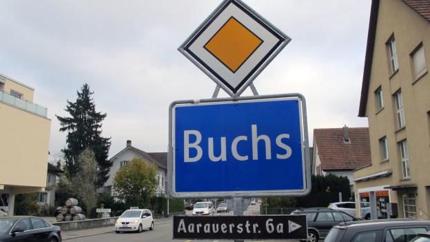 Eine umstrittene Nichteinbürgerung rückte die Gemeinde Buchs in schiefes Licht. Nun möchte der Gemeinderat korrigieren.