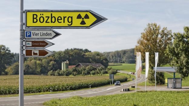 Wegweiser Bözberg.