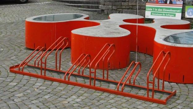 Rote Veloständer in Zofingen