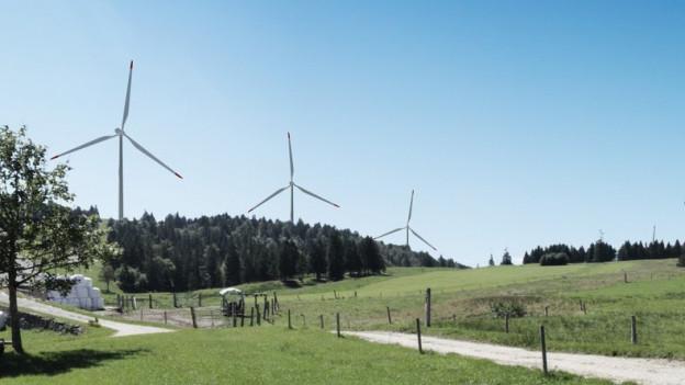 Visualisierung der geplanten Windturbinen auf dem Grenchenberg.