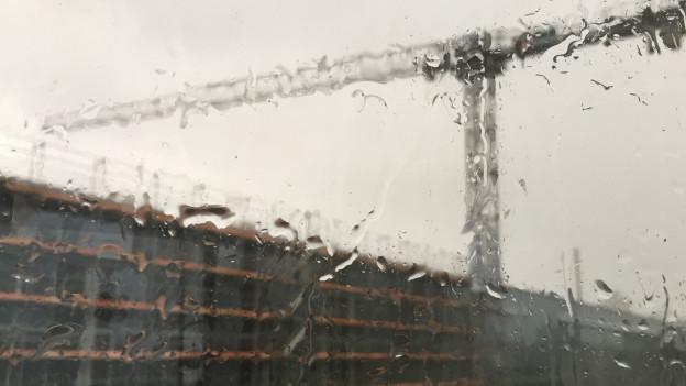 Eine Baustelle in Aarau im Sturm