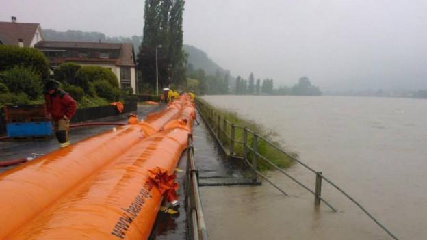 Wassersperren in Wallbach am Rhein
