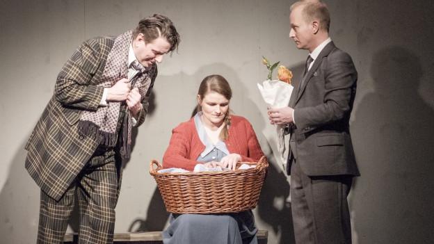 «Kleiner Mann, was nun?» im Theater am Bahnhof in Reinach hatte am Freitag Premiere.