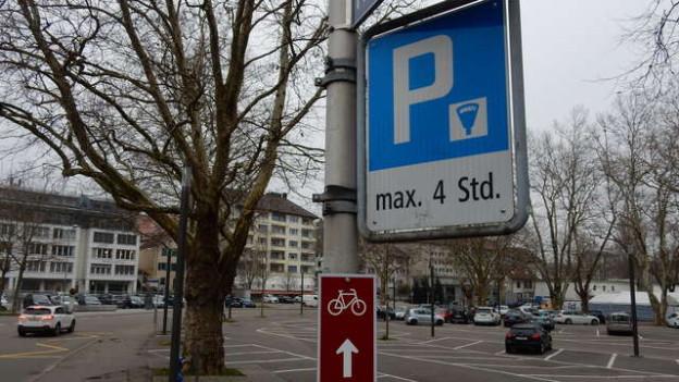 Ein Parkplatz-Signal in Olten.