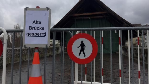 Die Holzbrücke bleibt voraussichtlich bis zum 4. April gesperrt.