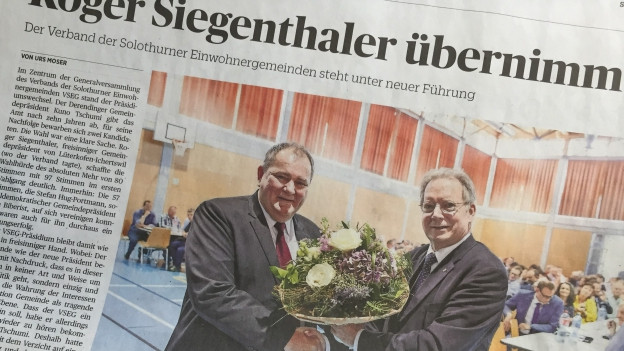 Zeitungsausriss mit Bild von Roger Siegenthaler