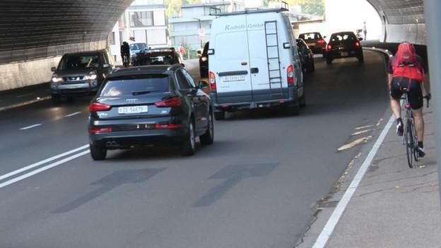 Verkehrsführung auf Schulhausplatz Baden bereits wieder neu