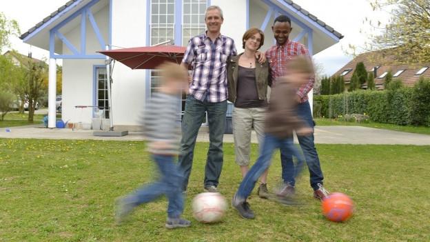 Gastfamilie statt Asylunterkunft: Das Projekt existiert auch in anderen Kantonen, zum Beispiel in Fribourg.