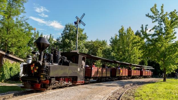 Dampflok lockt wieder Besucher ins Schenkenbergertal