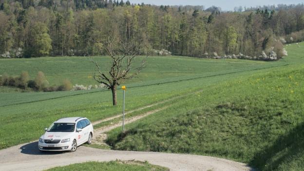 Das SRF-Auto unterwegs in den beiden Kantonen.