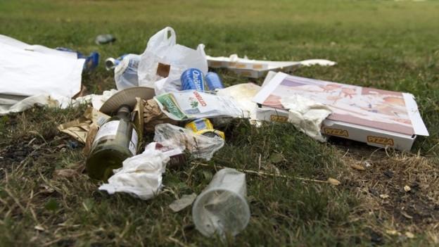 Abfallsünder zahlen neu 300 Franken Busse