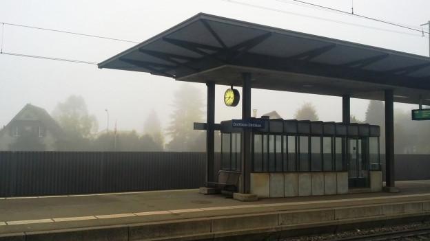 Wegen eines Problems im Bahnhof Dottikon-Dintikon ist der Bahnverkehr unterbrochen.