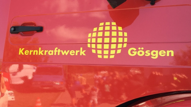 Ein Feuerwehrauto mit der Aufschrift «Kernkraftwerk Gösgen»