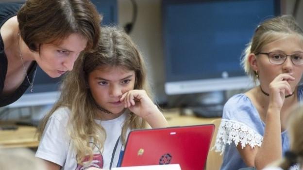 Verursacht der neue Lehrplan 21 Zusatzkosten für Aargauer Gemeinden?