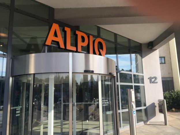 Logo der Alpiq beim Firmeneingang in Olten.