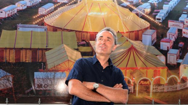 Jour de fête, die aktuelle Tournée des Circus Monti, ging Ende November 2019 zu Ende. Nun läuft das Winter-Variété und auch das ist praktsich ausverkauft.