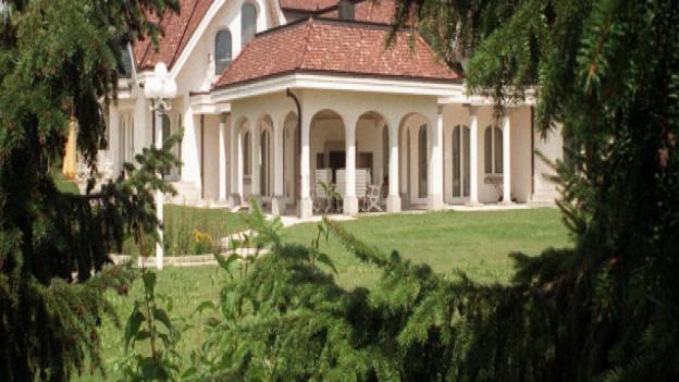 Wem gehört wohl dieses schöne Haus am Waldrand? Im Kanton Solothurn lässt sich das neu einfach via Internet in Erfahrung bringen.