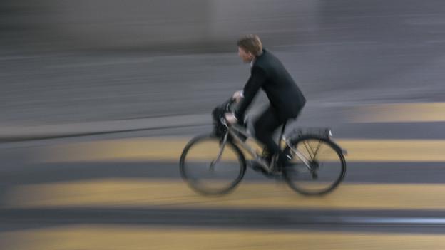 Velofahrerinnen und Fussgänger sollen in Olten mehr Platz erhalten, findet das Verwaltungsgericht.