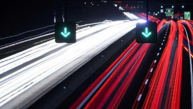 Bis 2023 werden die Sicherheitsanlagen des Autobahnabschnittes ersetzt.