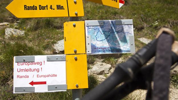 Das Walliser Kantonsparlament investiert in die Wanderwege und nicht in den Übersetzungsdienst.